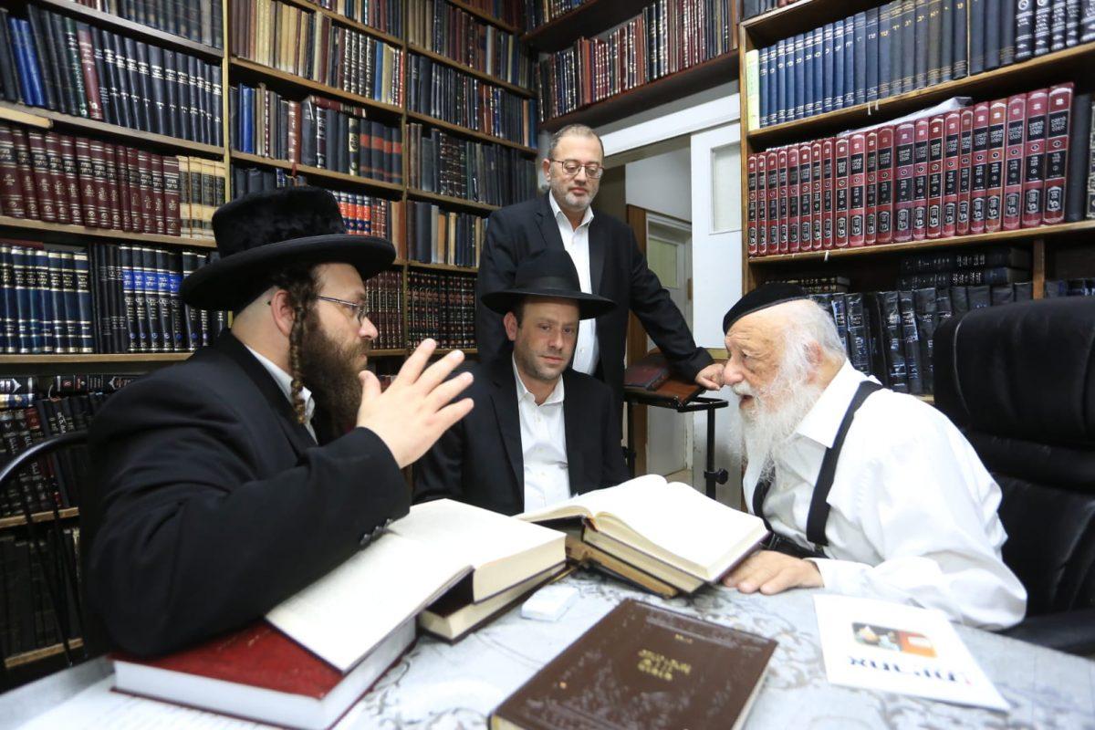 הרב ברוך דב פוברסקי עם ראשי אחריות